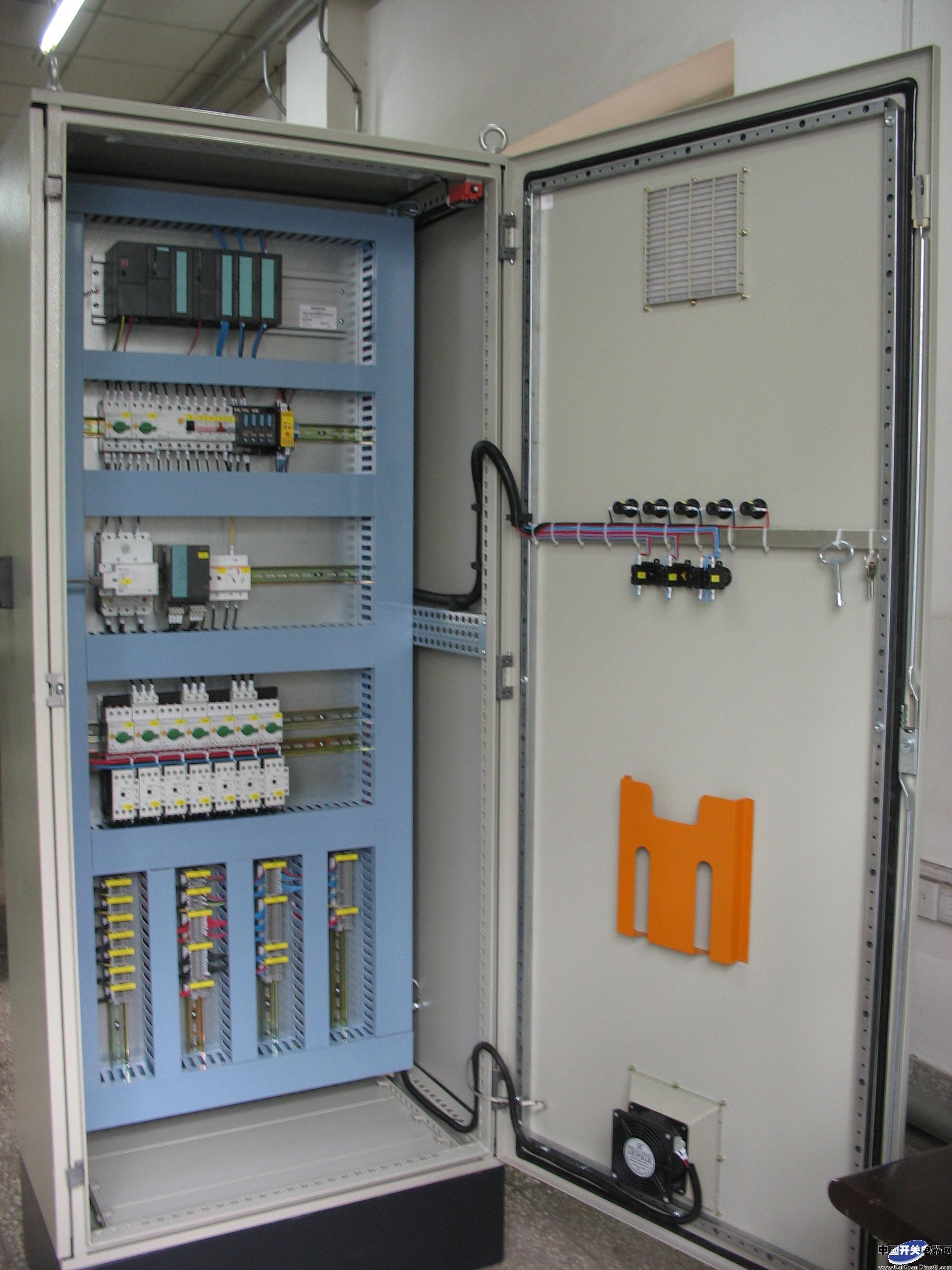 基业自动化  变频供水控制柜  变频节能