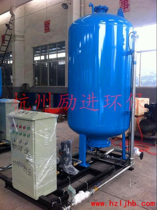 什麼是囊式膨脹補水裝置