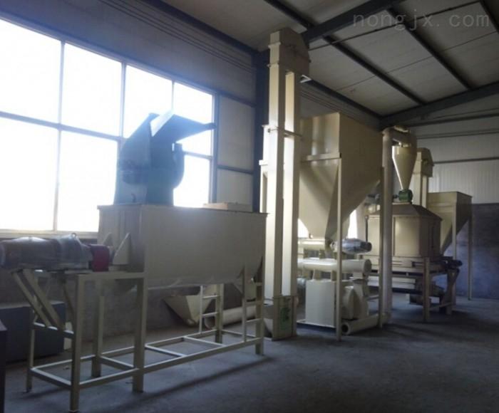牛羊饲料加工机械 牛羊饲料加工设备 400型饲料颗粒机组
