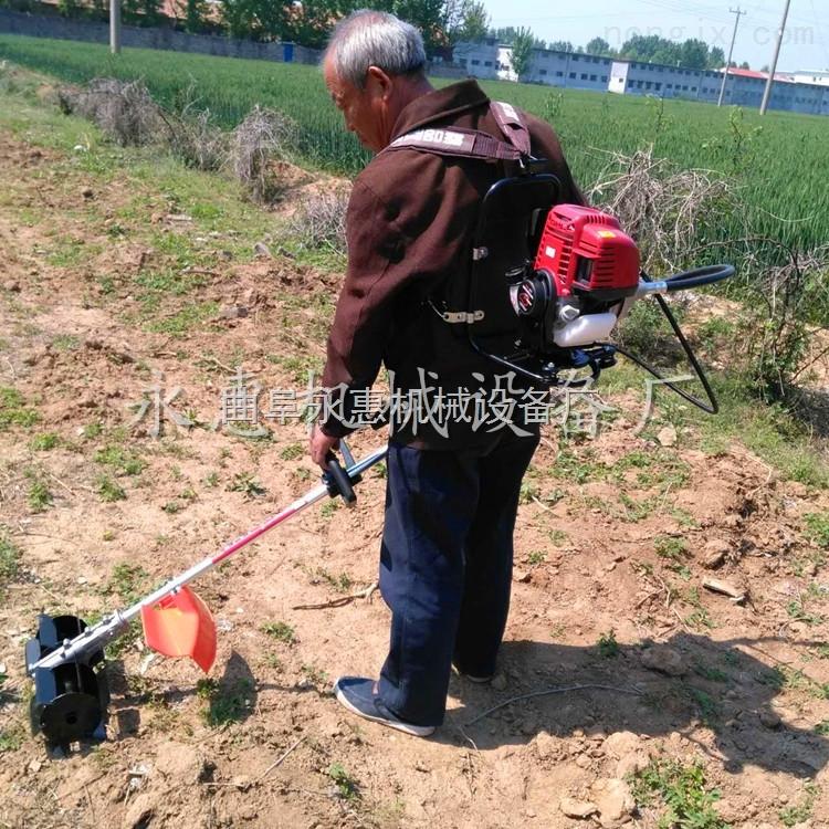 汽油动力割草机,背负式割灌机园林锄草机视频