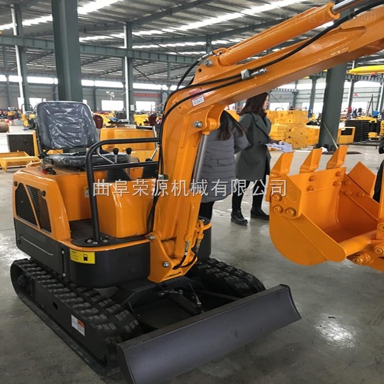 優質的電動挖掘機出廠價了 批發定制多功能挖掘機