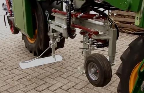 自动种植锄地机 解放劳动力